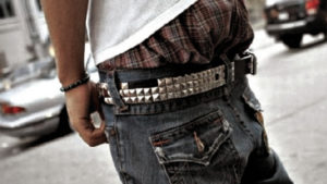 Maxton to consider rules on sagging apparel